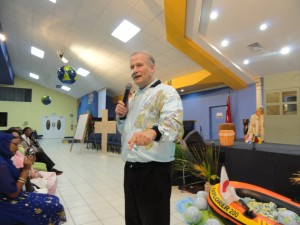 Richard Speaking to Women at Bethel World Outreach Ministries, Trinidad